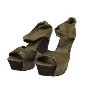 Barneys New York Coop Taupe Leather Cork Wedge Women's Heels Euro 40 NEW